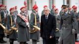 """Австрийският президент е съгласен с Макрон за """"мозъчната смърт"""" на НАТО"""