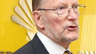 Симеон Сакскобургготски сменя трима министри от НДСВ
