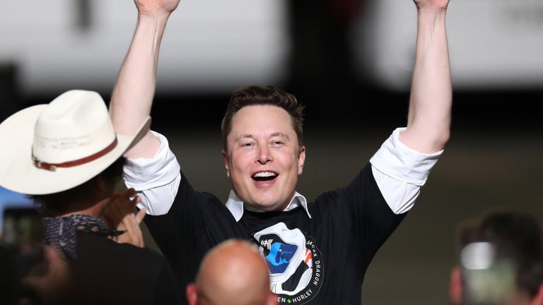 SpaceX и Мъск ще строят космически курорт
