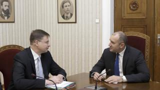Президентът определи еврозоната за стратегическа перспектива на България