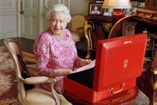 Колко богата е всъщност кралица Елизабет II?