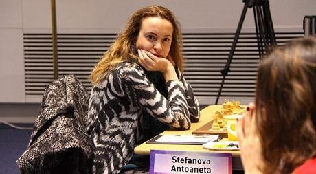 Стефанова завърши с победа в Гибралтар
