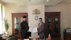 Областният на София даде три имота на църквата в село Елешница