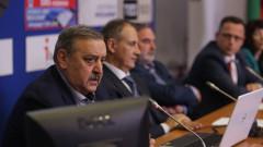 Коронавирусът отнема над 10 г. живот от жертвите си, правят държавни бензиностанции,  Васил Божков атакува финансовия министър...