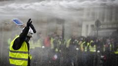 """Над 2 000 души в ареста след протеста на """"жълтите жилетки"""" във Франция и Белгия"""
