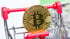 Bitcoin чупи нови рекорди над $22 000. А един експерт вярва, че може да стигне и $400 000