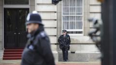 Арестуваха мъж с нож, опитал се да влезе в Бъкингамския дворец