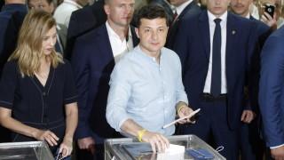 Зеленски иска икономист без политически опит да оглави правителството на Украйна