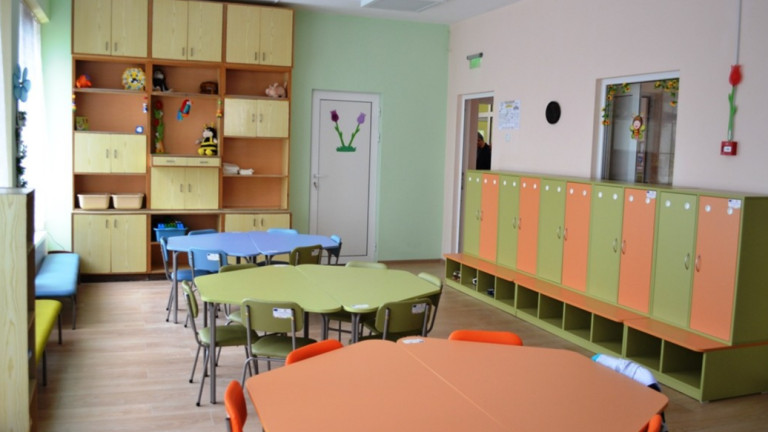 Над 250 учебни заведения да станат защитени, предлагат от МОН