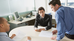 8 неща, за които не трябва да говорите на работа