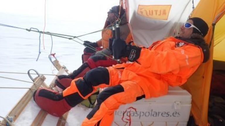 Да прекосиш Антарктида с хвърчило за 52 дни
