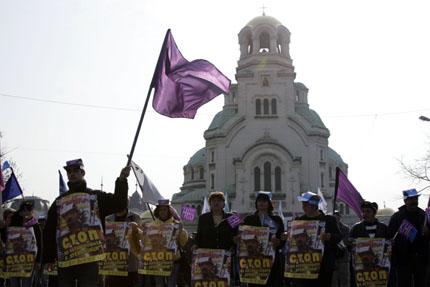 Синдикатите искат по агресивни действия