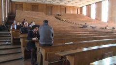 20-тина студенти поддържат окупацията на 272-ра в СУ
