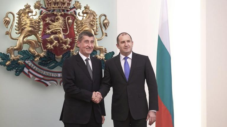 Държавният глава Румен Радев и министър-председателят на Чешката република Андрей