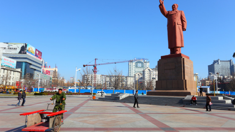 Град, близо до границата със Северна Корея, изведнъж се превърна