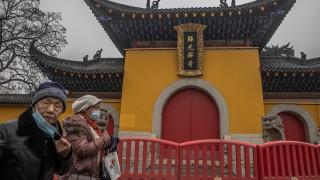 Китай изнесъл повече от 220 млрд. маски през 2020 г.