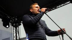 Навални не е арестуван, само е извлечен за кратко от офиса си