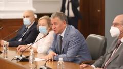 Мира Кожухарова не вижда дискриминация, ваксините са за всички