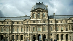 Затвориха Лувъра заради риск от наводнения
