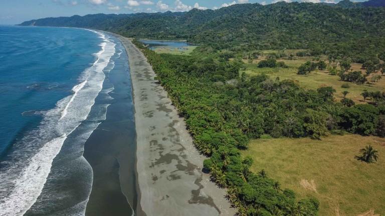 Коста Рика изглежда като истински рай на Земята със своите