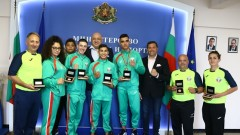 Министър Кралев награди медалистите от Европейското първенство по бокс за юноши и девойки