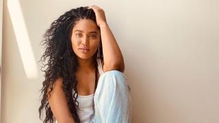 Как Аиша Къри е станала толкова секси