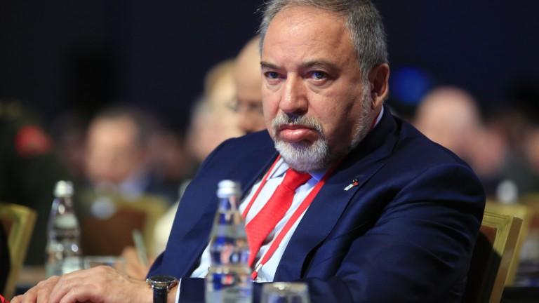 Либерман няма да подкрепи нито Нетаняху, нито Ганц за премиер