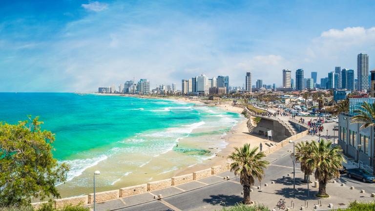 Тел Авив ще е първият град с улици, които зареждат преминаващия обществен транспорт