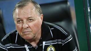 Бивш треньор на Славия застана начело на арменски гранд