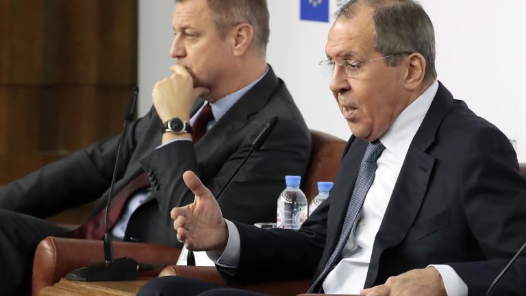 """Лавров негодува, че """"Северен поток-2"""" среща политически спънки"""