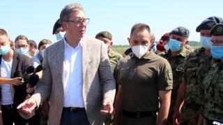 Вучич очаква НАТО да реагира до 24 часа, руският посланик и военно аташе инспектират сръбските военни части