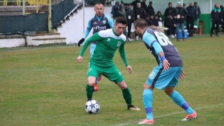 Отборът на Витоша (Бистрица) привлече албанеца Анти Рения. Офанзивният футболист