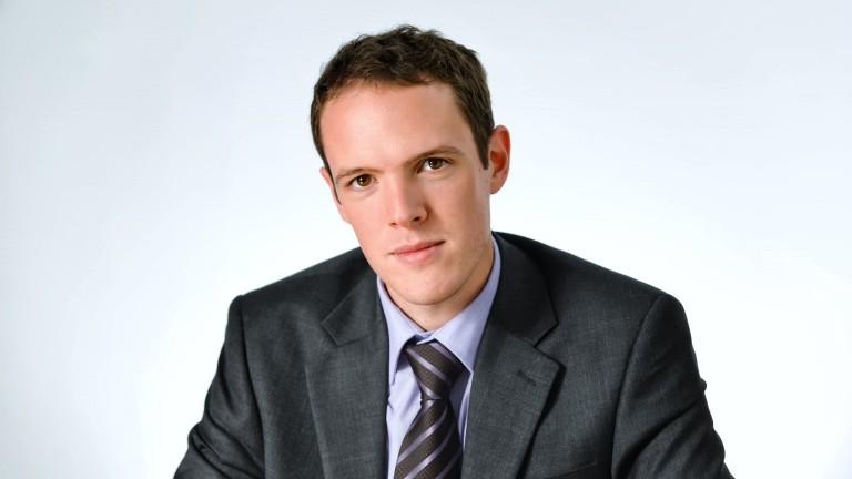 Джоузеф Бел, експерт по разплащания от Охеra Consulting LLP, пред