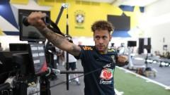 Неймар: Невъзможно е да надмина своите футболни идоли