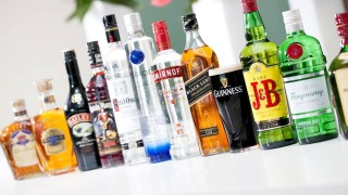 Собственикът на Guiness и Smirnoff продава 19 марки алкохол за $550 милиона