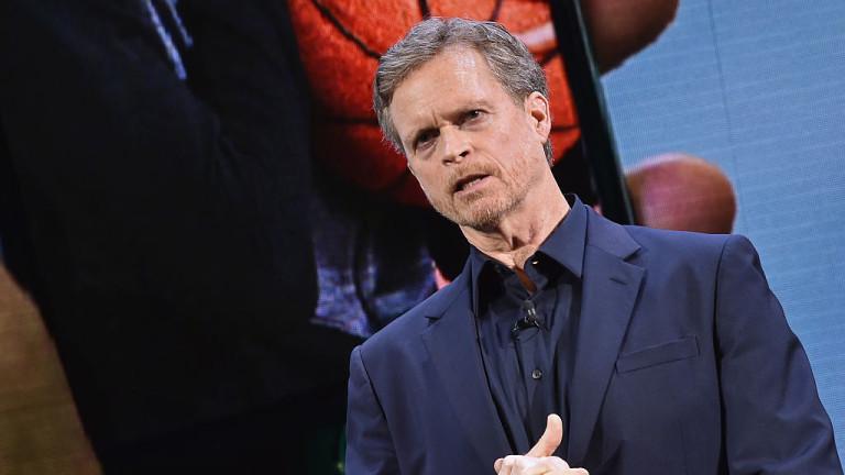 Шефът на Nike слиза от поста след 13 години на тази позиция и 40 години в компанията