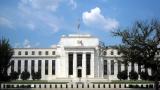 Доларът спада преди изявлението на шефа на ФЕД