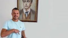 Официално: Валери Божинов остава в Левски