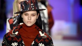 Акценти от седмицата на висшата мода в Ню Йорк (СНИМКИ)