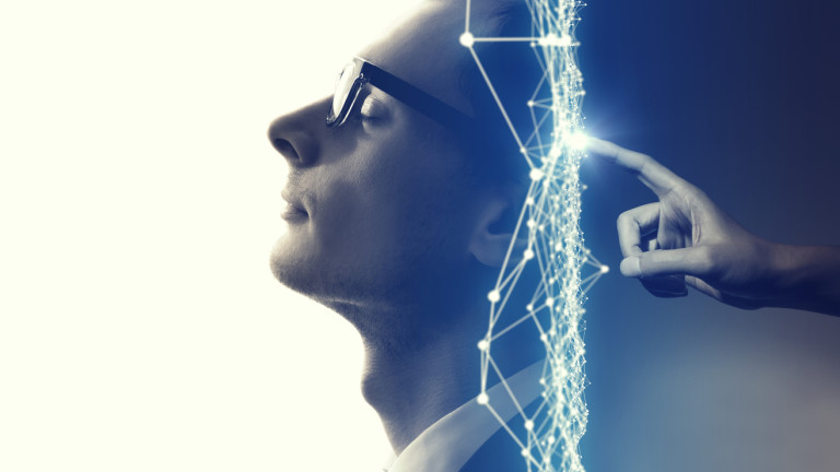 Снимка: Илън Мъск: Идва машина, която свързва човешкото съзнание с компютрите