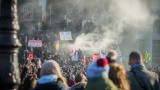 Протестите срещу пенсионната реформа във Франция най-продължителните от 1968 г.