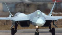 Русия започна серийно производство на изтребител Су-57