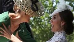 Кейт Мидълтън задържа графиня Софи да не падне (СНИМКИ И ВИДЕО)