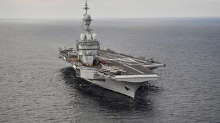 """След дълъг ремонт Франция изпрати самолетоносача си """"Шарл дьо Гол"""" на мисии"""