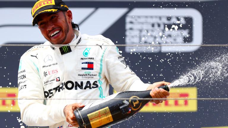 Люис Хамилтън със страхотна победа на Гран при Франция