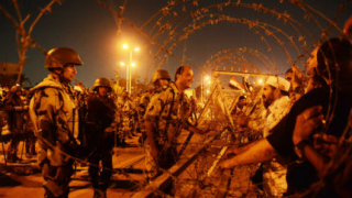 26 души загинаха при сблъсъци в Египет, над 200 са ранени