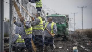 Унгария започна изграждането на втората ограда по границата със Сърбия