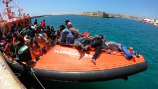 62-ма мигранти спасени при операция край Либия