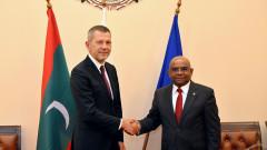 Обмисляме пускането на директни полети до Малдивите