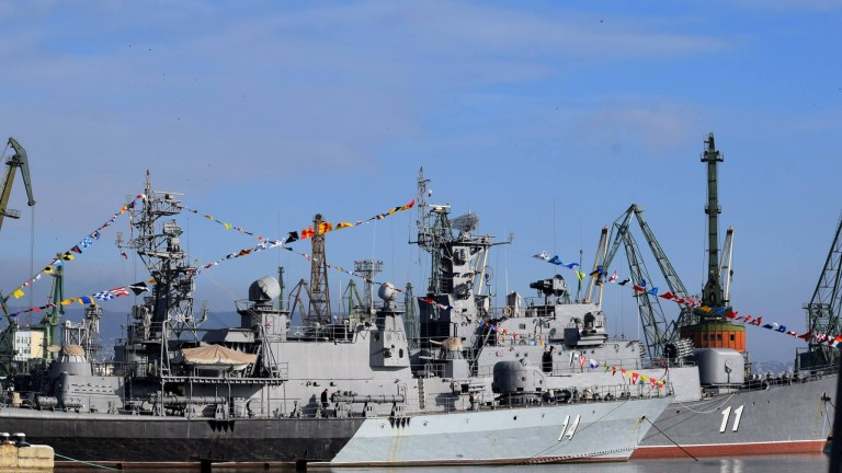 ВМС очаква оферти за нови кораби от три фирми